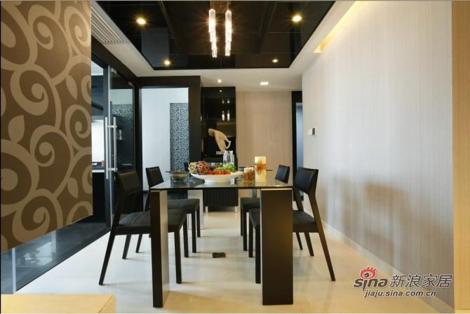 简约 三居 餐厅图片来自用户2737950087在9万巧装135平品质空间3居28的分享