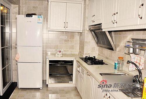 混搭 二居 厨房图片来自用户1907691673在5.5万巧装80平温馨2居小窝76的分享