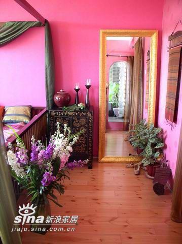 """欧式 四居 卧室图片来自用户2746953981在家里的色彩国度 让""""好色""""女人陶醉其中92的分享"""