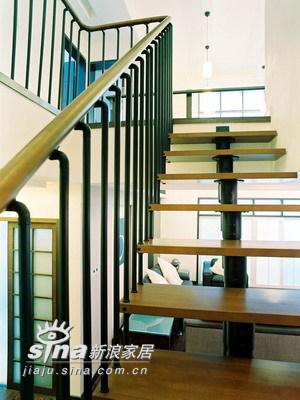 简约 一居 楼梯图片来自用户2737786973在实创装饰装修案例98的分享