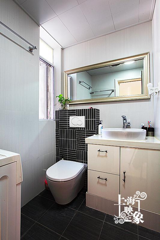 简约 一居 卫生间图片来自上海映象设计-无锡站在【高清】半包5万打造68平一居蚂蚁之家80的分享