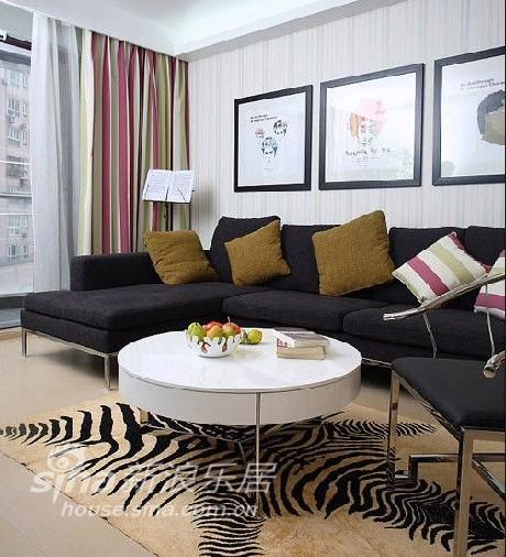 简约 二居 客厅图片来自用户2739378857在80后房奴之家15的分享