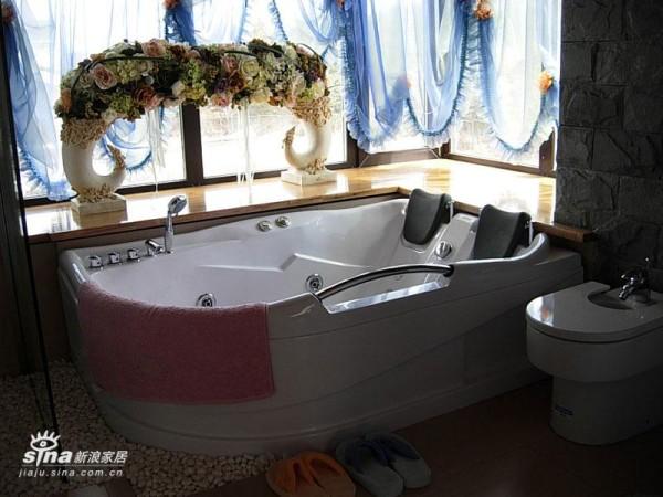 简约 复式 卫生间图片来自用户2738093703在美式乡村39的分享