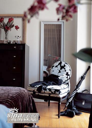 中式 其他 卧室图片来自用户2737751153在旧房改造 老式公寓房的惬意生活31的分享