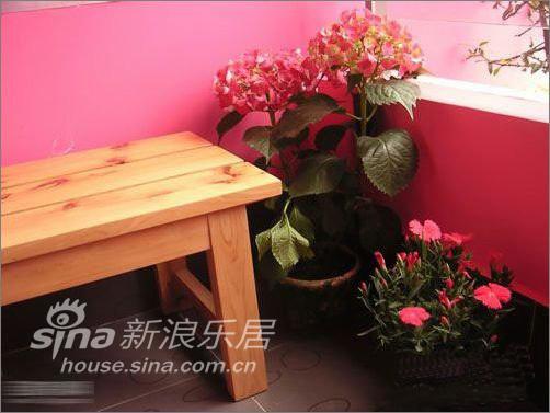 简约 一居 阳台图片来自用户2739378857在53平米花园般爱的小屋—瑞博文蜻蜓推荐51的分享