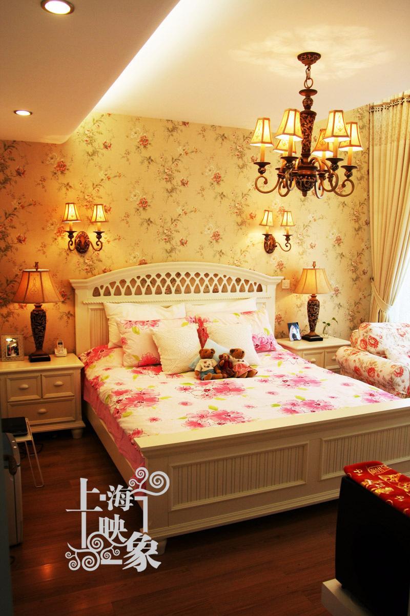 混搭 跃层 卧室图片来自上海映象设计-无锡站在【多图】半包13万打造150平跃层馨香楼阁66的分享