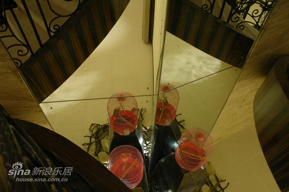 其他 别墅 客厅图片来自用户2771736967在抛开风格创造个性居室61的分享