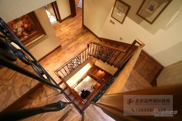 美式 三居 楼梯图片来自用户1907685403在【高清】300平康城联排别墅81的分享