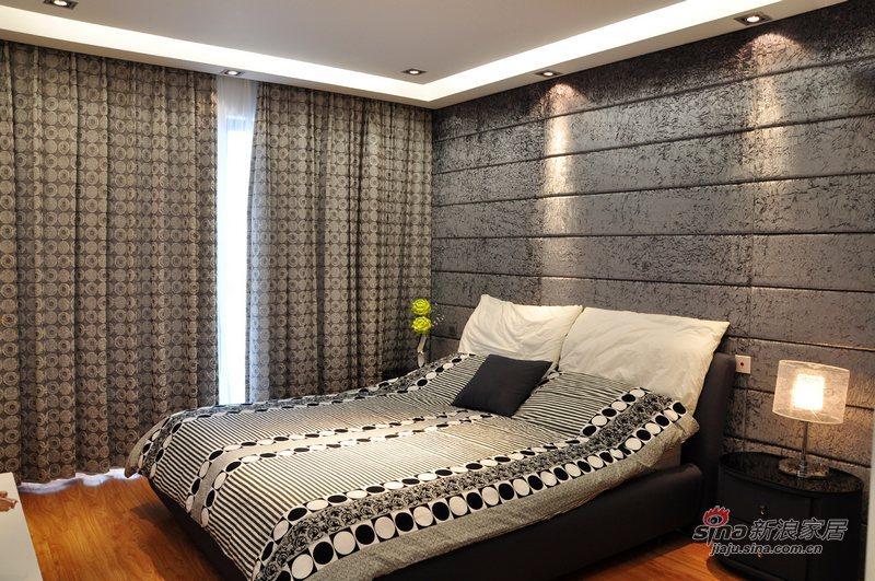 简约 三居 卧室图片来自用户2737782783在花开浪漫82的分享