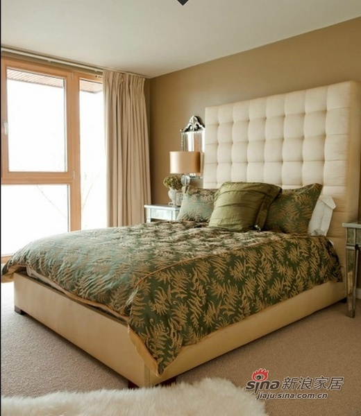 新古典 别墅 卧室图片来自用户1907701233在309平米新古典低碳湖畔大宅61的分享