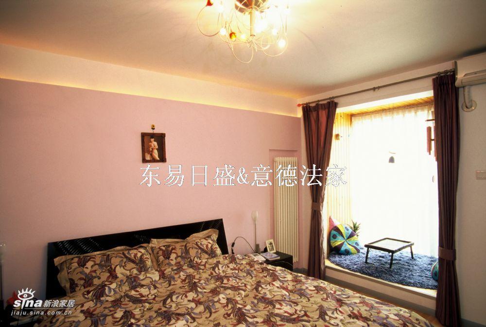 欧式 三居 卧室图片来自用户2746889121在东易日盛84的分享