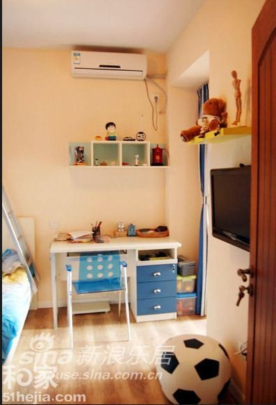 其他 二居 客厅图片来自用户2558757937在混搭风格也和谐 三口之家秀109平米温馨爱家91的分享