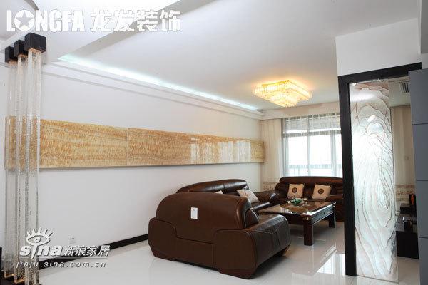 简约 三居 客厅图片来自用户2737759857在心意广场56的分享
