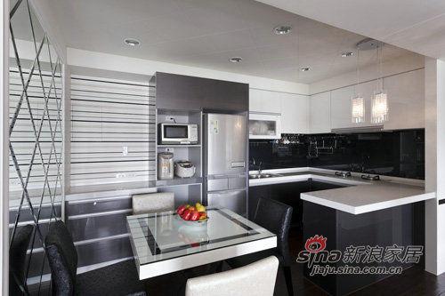 简约 三居 厨房图片来自用户2738813661在老房翻新实景图150平时尚爱家21的分享