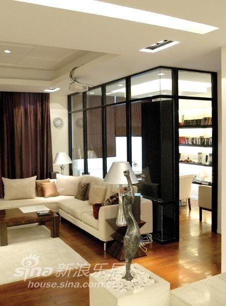 简约 复式 客厅图片来自用户2558728947在前卫设计未来居室31的分享