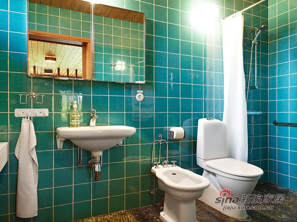 淡蓝色的浴室装扮,非常清爽