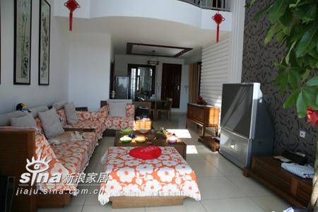 简约 一居 客厅图片来自用户2737786973在荣麟世佳槟榔家具86的分享