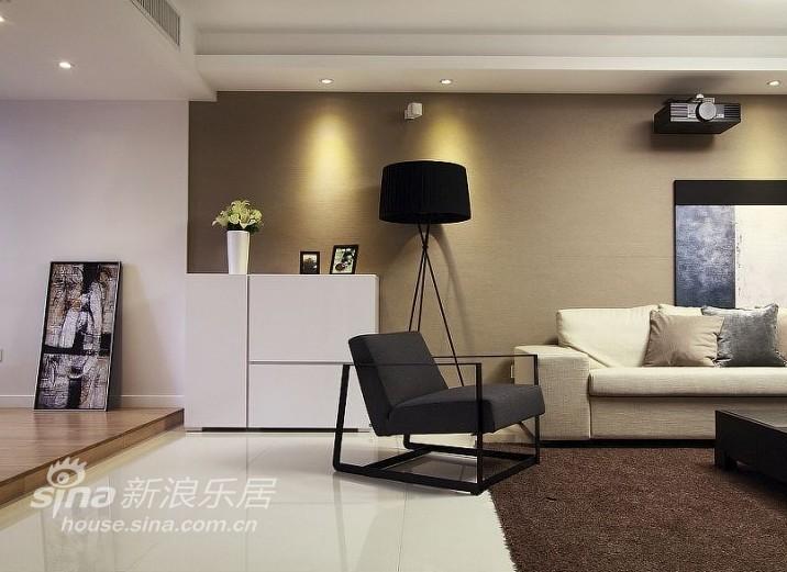 简约 四居 客厅图片来自用户2739378857在焕然一新45万打造140平现代家93的分享