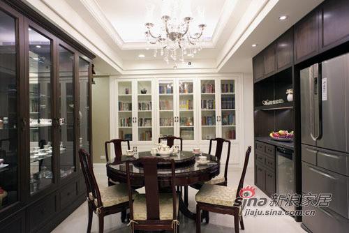 新古典 三居 餐厅图片来自用户1907664341在中西合璧 打造吉祥富貴宅邸43的分享