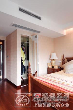 欧式 三居 客厅图片来自用户2746953981在聚通装潢百汇园设计案例68的分享