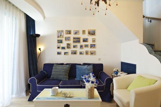地中海 loft 客厅图片来自用户2756243717在12万完美铸造浪漫地中海情调loft58的分享