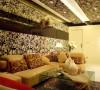 沙发区,中式沙发配上白色葫芦花瓶