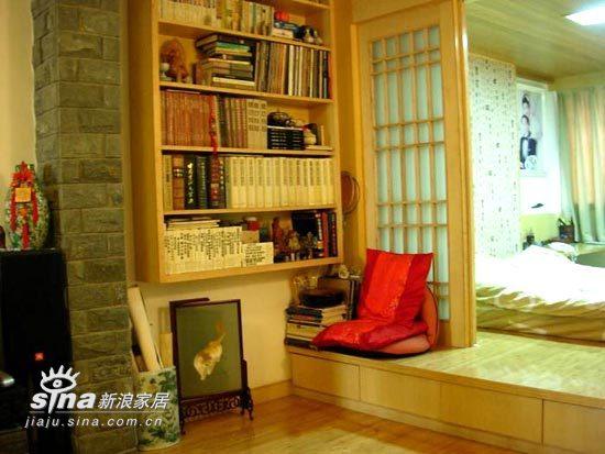 简约 一居 书房图片来自用户2557979841在38平米小家实用主义风格29的分享