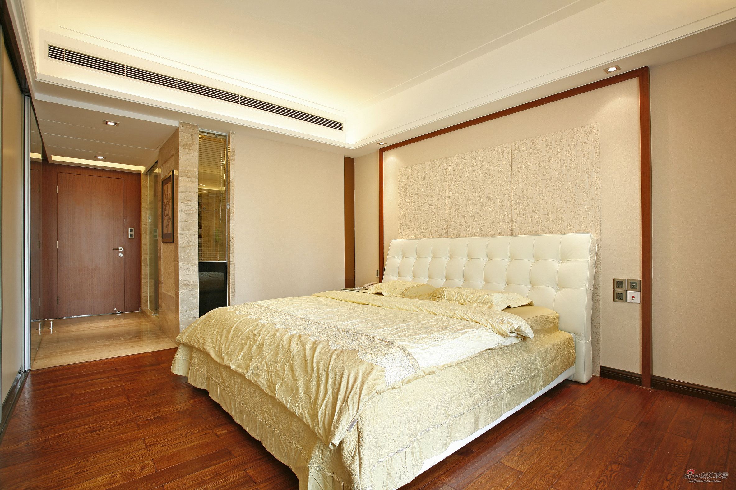 欧式 三居 卧室图片来自用户2557013183在85后情侣用心构筑130平欧式爱家72的分享