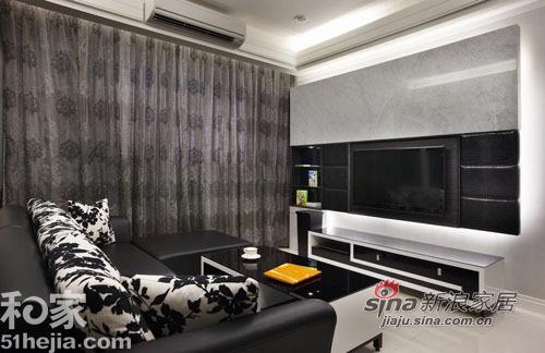 简约 一居 客厅图片来自用户2737786973在个性时尚黑白设计35的分享