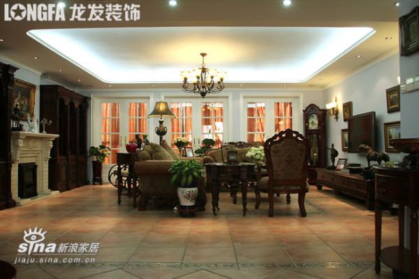 欧式 三居 客厅图片来自用户2746948411在欧洲古典主义风格--依云小镇19的分享