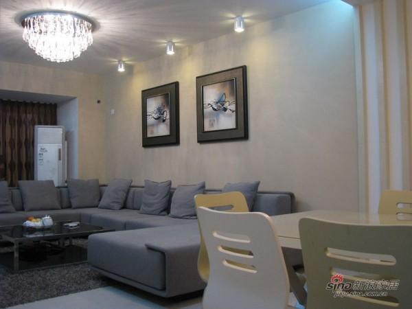 现代简约客厅沙发区