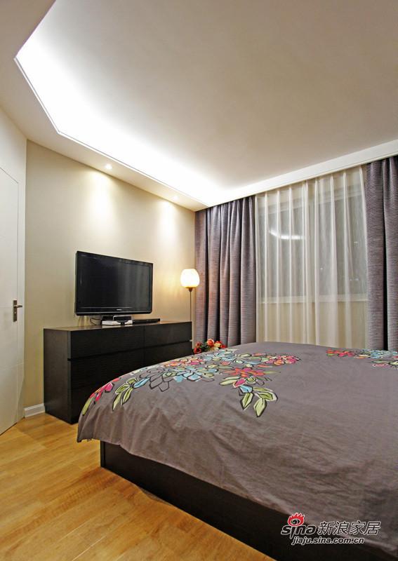 简约 三居 卧室图片来自用户2738829145在6.7万打造88平米现代时尚靓家25的分享