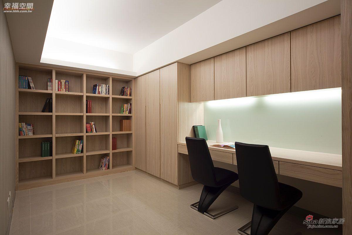 简约 公寓 书房图片来自幸福空间在将大收纳空间藏于维多利亚风中57的分享