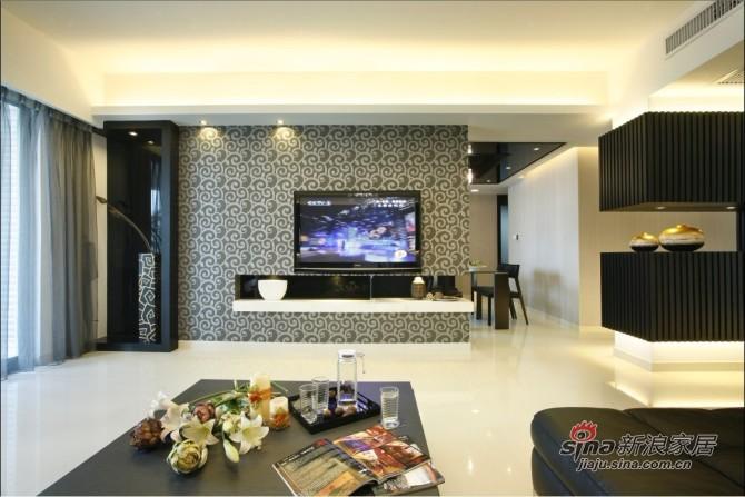 简约 三居 客厅图片来自用户2737950087在9万巧装135平品质空间3居28的分享