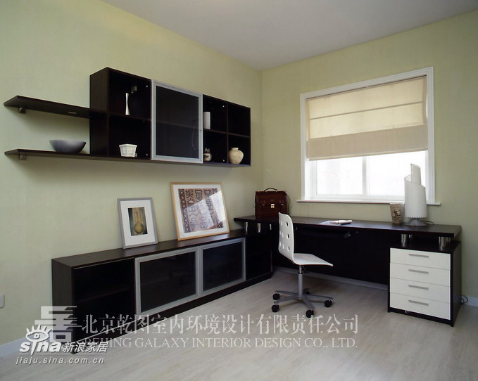 简约 复式 书房图片来自用户2737786973在团结湖公寓27的分享