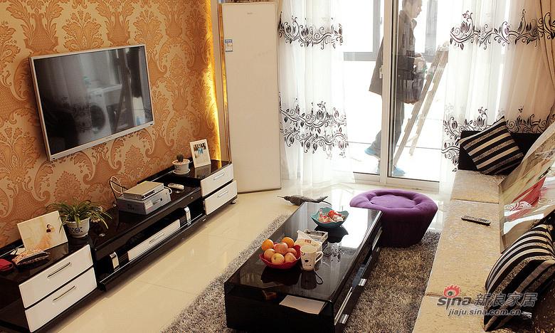 简约 三居 客厅图片来自佰辰生活装饰在【高清】12万打造94平简约温馨淡雅之家63的分享