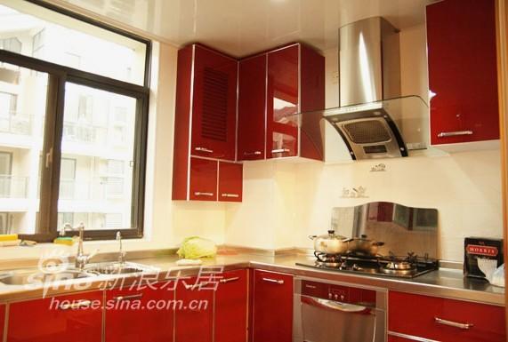 简约 别墅 厨房图片来自用户2739153147在春亭装潢 现代简约天地花园84的分享