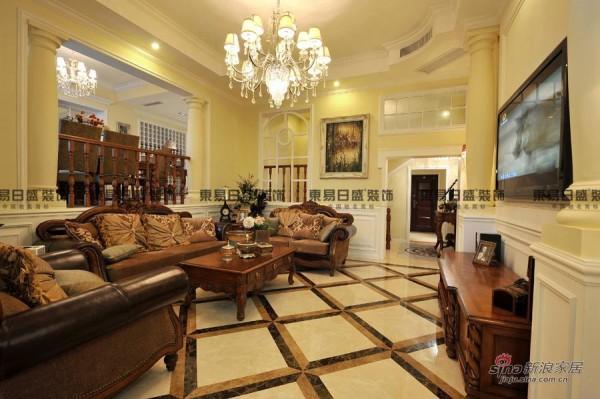 300平暖色墙搭贵族欧式家具装出温馨别墅