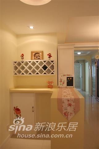 简约 二居 玄关图片来自用户2739378857在随意的生活,田园的家39的分享