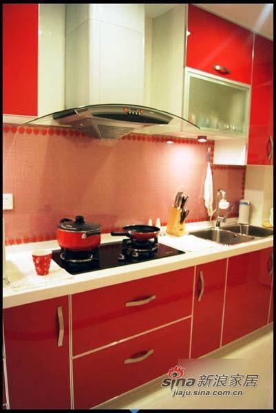 田园 二居 厨房图片来自用户2737791853在爱美MM自装67平粉嫩童话两居31的分享