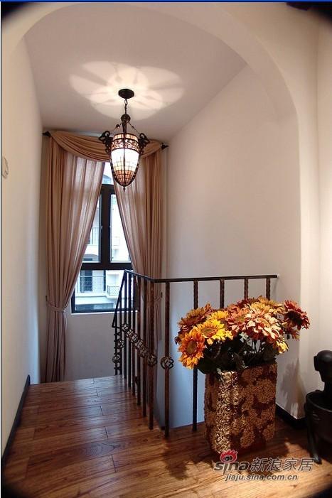 美式 跃层 楼梯图片来自用户1907685403在35万装美式乡村290平跃层62的分享