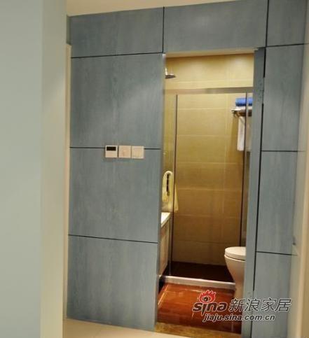 卫生间隐形门设计