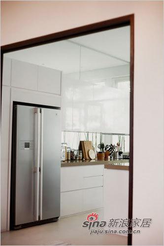 中式 二居 厨房图片来自用户1907661335在超大露台90平中式精致二居94的分享