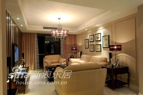 简约 三居 客厅图片来自用户2737782783在腐败的精灵《畅想空间》12的分享