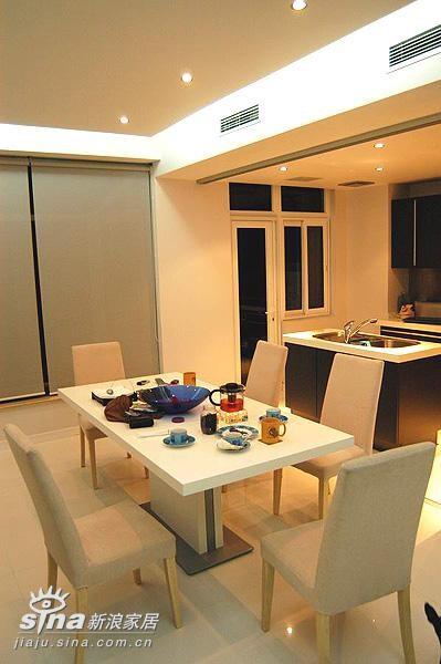 简约 跃层 餐厅图片来自用户2737786973在现代人的现代家14的分享