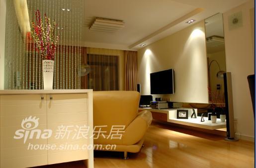 简约 二居 客厅图片来自用户2737782783在有限空间缔造无限幸福22的分享