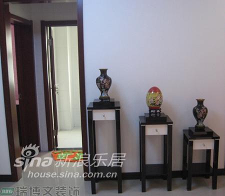 简约 二居 客厅图片来自用户2559456651在雅致简约两居55的分享