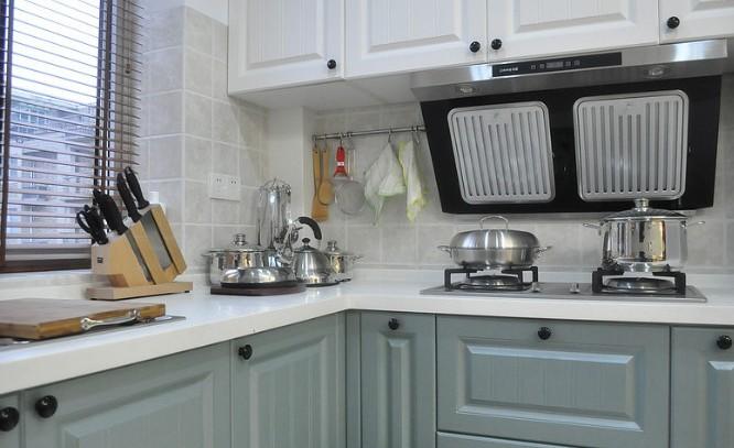 美式 二居 厨房图片来自用户1907685403在7.2万铸造美式田园风格120平loft43的分享