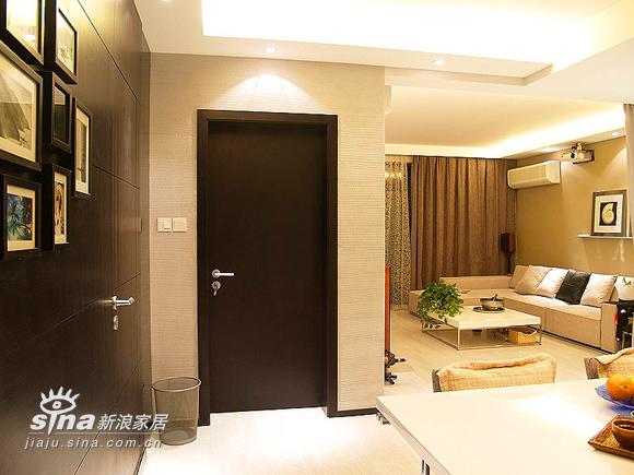 简约 二居 客厅图片来自用户2559456651在22万装77平精彩简约2居46的分享