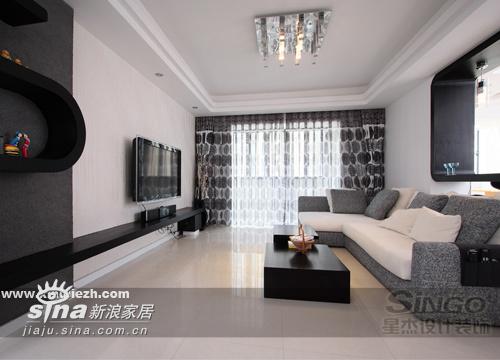 简约 三居 客厅图片来自用户2737759857在黑与白的完美碰撞91的分享